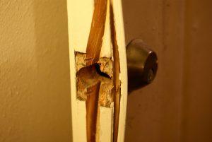 Broken Lock Img │ Locksmith Bournemouth │ Goldi-Locksmith